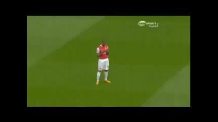 Футболисти мюсюлмани се моляна Аллах преди мач!