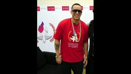 Daddy Yankee & Yandel - Moviendo Caderas 2013