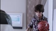 Луда реклама на Kobe и Messi Легенди на борда