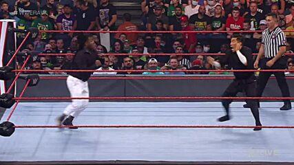 Reggie vs. Akira Tozawa – 24/7 Championship Match: Raw, Aug. 2, 2021