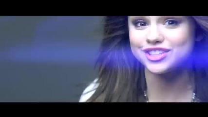 Selena Gomez &the Scene - Falling Down