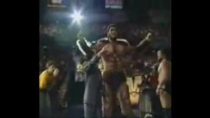 Wwe дебютът на Гигант Гонзалез в мелето