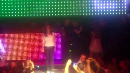 Емануела се размазва в Dance Bar Opium сали ока - америка кючек