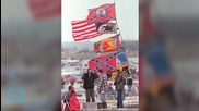 NASCAR, Race Tracks Ask Fans to Stop Displaying Confederate Flag