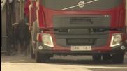 Бикове в гонка с камион