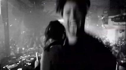 * Превод * Tinie Tempah ft. Swedish House Mafia - Miami 2 Ibiza ( High Definition )