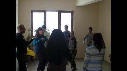 Репетиция на танцов състав Шам - Монтана