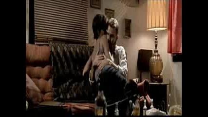 Холи Бери - Секс Сцена
