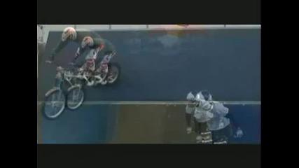 Stuntbikin gclip 1