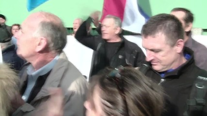 Croatia: Activists protest closure of TV station over alleged nationalist remark