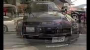 700 к.с. Nissan R34 Gtr прави 300km/h по улиците !!!