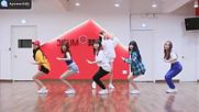 Short Girl Group Random Dance Play with Choreography Mirrored