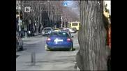 Да шофираш в София със скоби за неправилно паркиране.