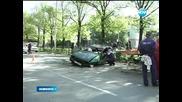 Мъж катастрофира с крадена кола и избяга - Новините на Нова