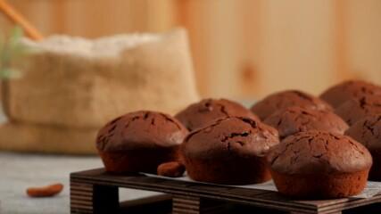 Двойно шоколадови мъфини