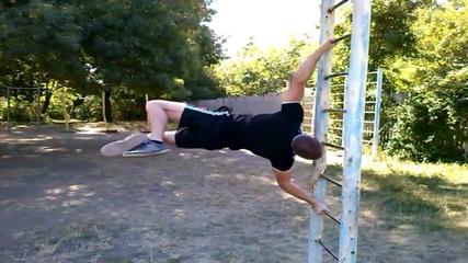 Тренировка с тежести на лоста