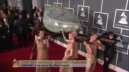 Miley Cyrus On The Red Carpet - Grammy 2011