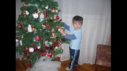 Коледата на Мони