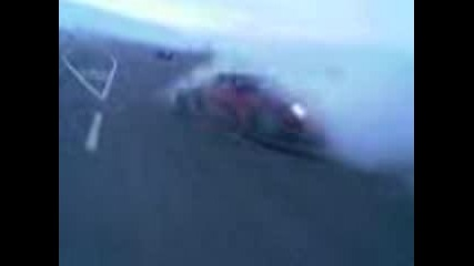 Червено Porsche - Въртене На Пета