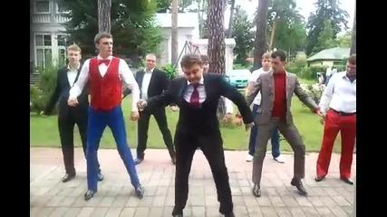 Танцът на руските депутати