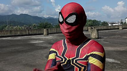 22 y/o Indian stuntman goes viral for his Spider-Man level parkour skills