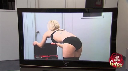 X-ray Tv Reveals Sexy Girl in Lingerie Prank
