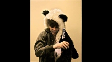 Justin Bieber - Mamas Boy