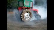 Burnout s Traktor