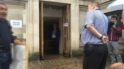 UK: Westminster opens polling stations on Brexit referendum day