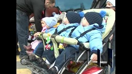 240 лева ще бъде обезщетението за майчинство и през 2013 г.