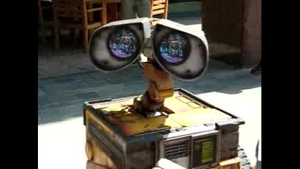 Real Wall - E In Disney Land