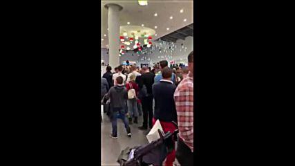 3000 чакат за автограф от Стоичков