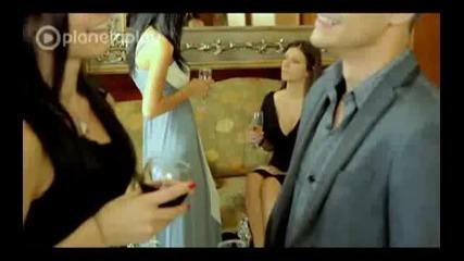 Eмилия - Ще чакам да ми звъннеш (official Video)
