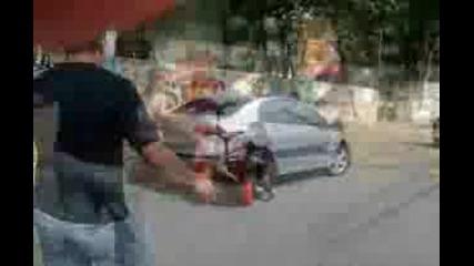 Дете Се Учи Да Кара - Инцидент