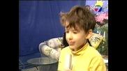 Симо в Тв 7 дни с песента Дино рок 2004г.