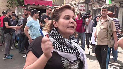 Lebanon: Palestinian refugees protest restrictions on unlicensed foreign workers