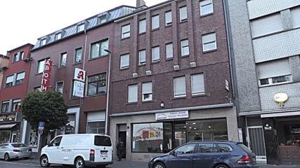 Germany: Police raid suspected Islamist extremists' flat in Duren