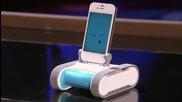 Мини робот, захранван от телефона ви