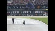 Валентино Роси с първа победа от 2010-та