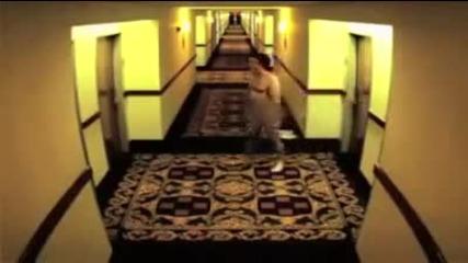 Чисто гол в хотела - яко се прецака
