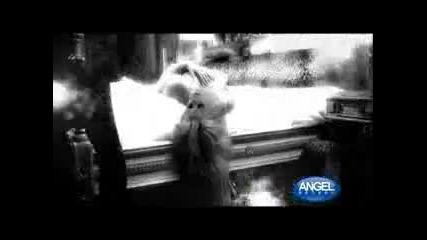 Десислава - С острието поиграй (фен видео)