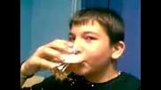 Алкохолът е враг на човека но господ е казал - обичай врагът си!