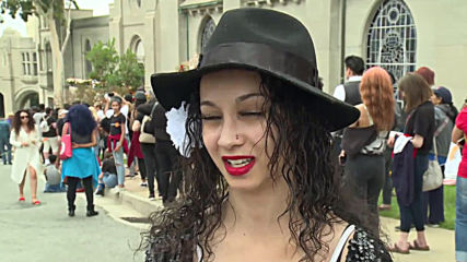USA: Thousands commemorate 10th anniv. of Michael Jackson's death