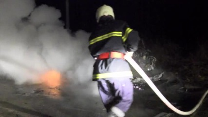 Запалиха кола в Казанлък