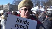 Latvia: Russian community protest bill ending Russian language in schools
