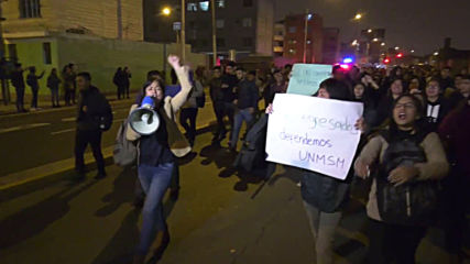 Peru: Students clash with police over road project at Lima university