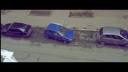 Пияница се опитва да паркира