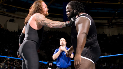 The Undertaker chokeslams Mark Henry with ease: SmackDown, Feb. 10, 2006