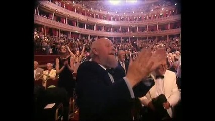 Andre Rieu - Sirtaki Zorba Dance in Royal Albert Hall