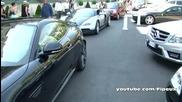 Жена с Bugatti Veyron дава 500€ на пиколо